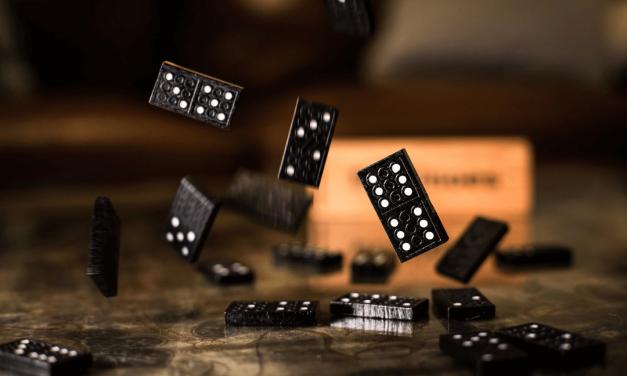 Jogo de tabuleiro antigo: 4 exemplos para relembrar